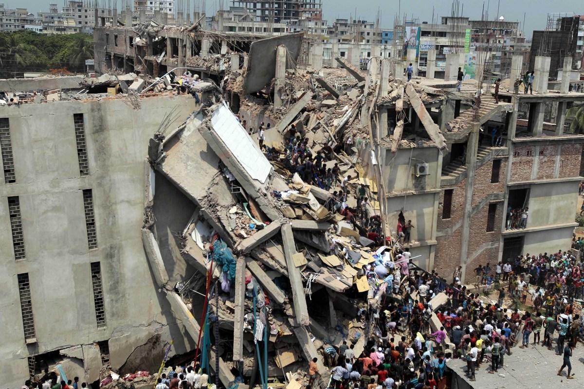 túnel Escéptico preocupación  Bangladesh: Dying for Fashion ~ Cori Schumacher: State of FluxCori  Schumacher: State of Flux
